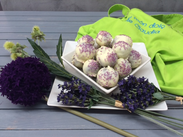 receta-cake-balls-choco-blanco-sprinkles